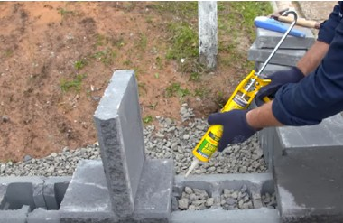 WHAT YOU NEED TO KNOW ABOUT DIY RETAINING WALLS
